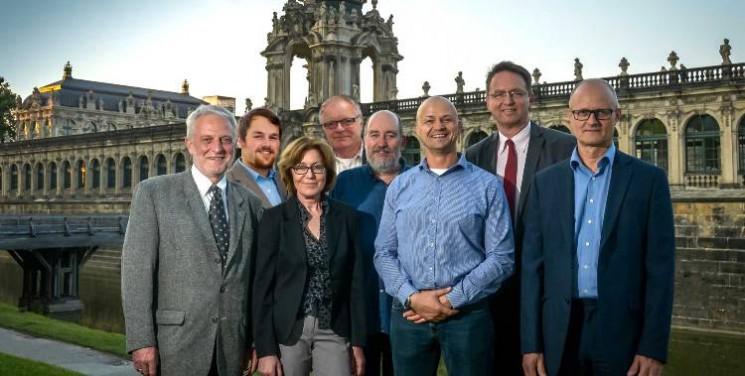 Mitglieder wählen Dresdner Vorstand - Bericht Mitgliederversammlung vom 02.07.2015