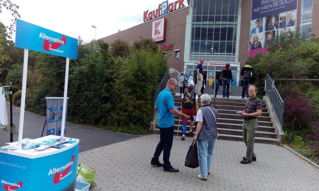 20170812 Wahlkampfstand Kaufpark Nickern