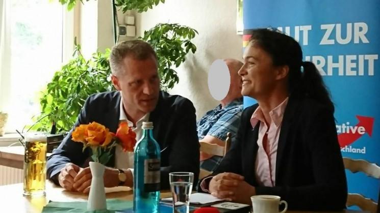 Erfolgreicher Frühschoppen mit Petr Bystron – Bericht von Anka Willms