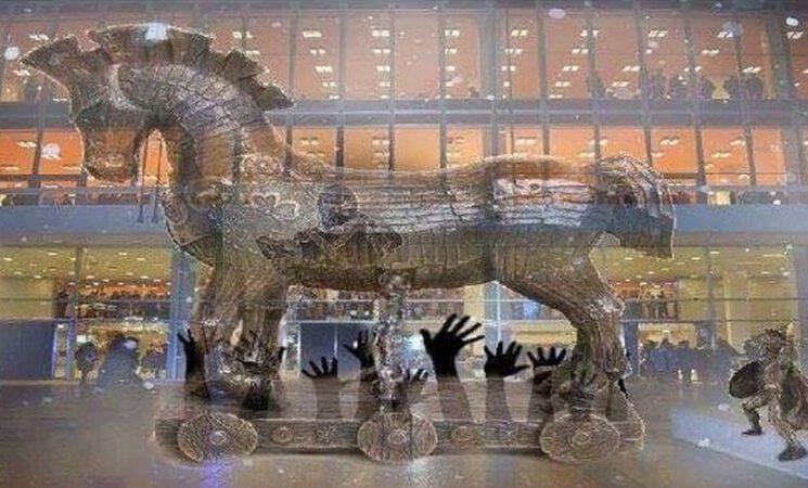 "AfD-Stadträte begrüßen Kunstobjekt ""Trojanisches Pferd"""