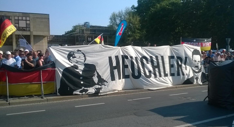 20180828 Medien Demo Heuchler