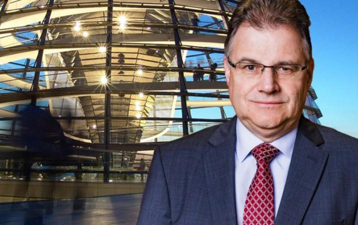 Jürgen Braun MdB: Polizei fahndet nach 450.000 Ausländern