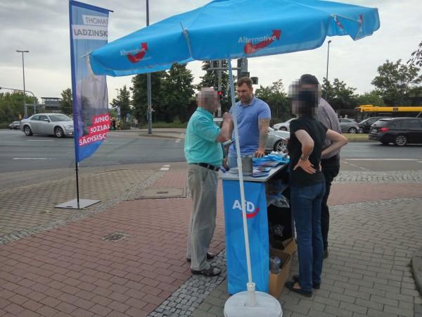 Wahlkampf am Kaufpark Nickern mit Thomas Ladzinski