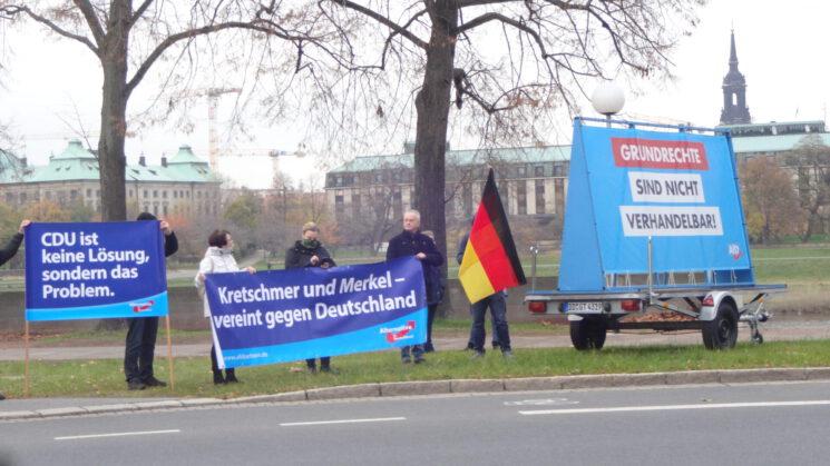 Impressionen der Spontandemonstration vor dem Sächsischen Landtag am 19.11.2020